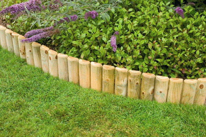 Garden edging ideas transform your garden today for Cheap and easy flower bed borders